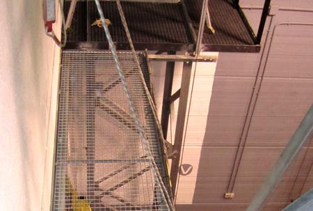 Foto de Pasarela horizontal de tramex